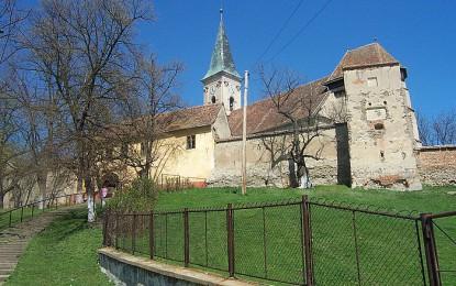 Bulkescher Kirchturm erstrahlt in neuem Glanz